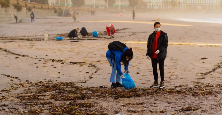 12 de diciembre: limpieza de playas en Orzán (A Coruña)